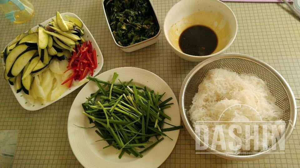 곤약잡채(냉장고속 채소활용)