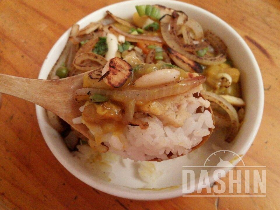 닭가슴살카레덮밥