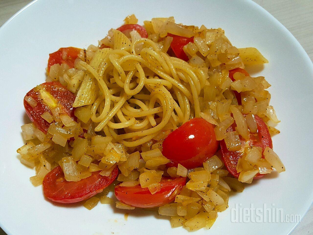 토마토 양파 오일파스타