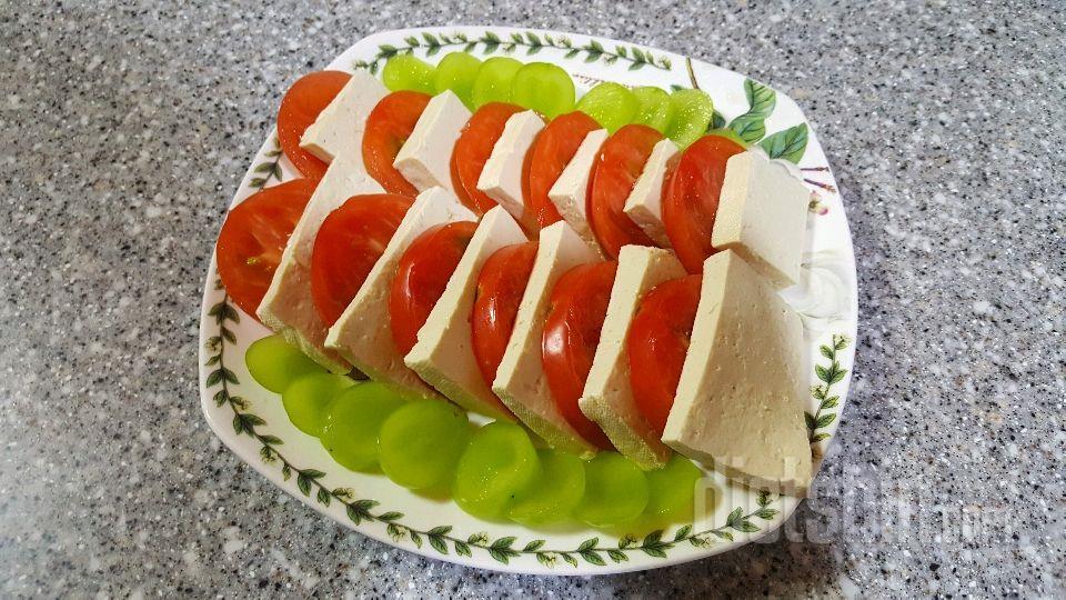토마토 두부 카프레제😗
