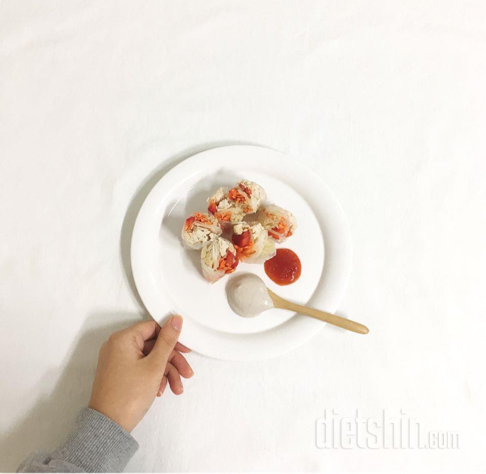 (공모전) 닭가슴살야채말이와 두부참깨소스