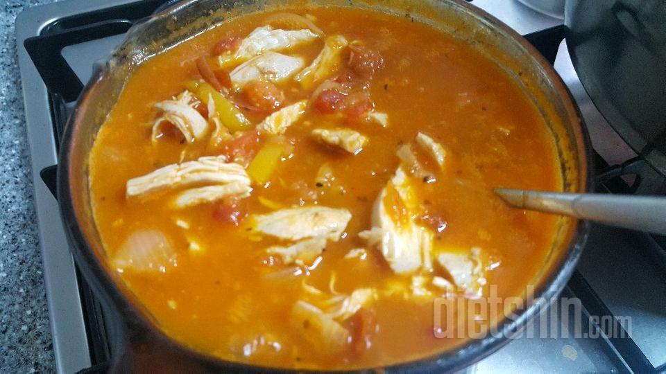 닭가슴살토마토스튜