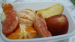 10일째 아침-요거트, 우유  점심- 디톡스주스 한잔,사과!