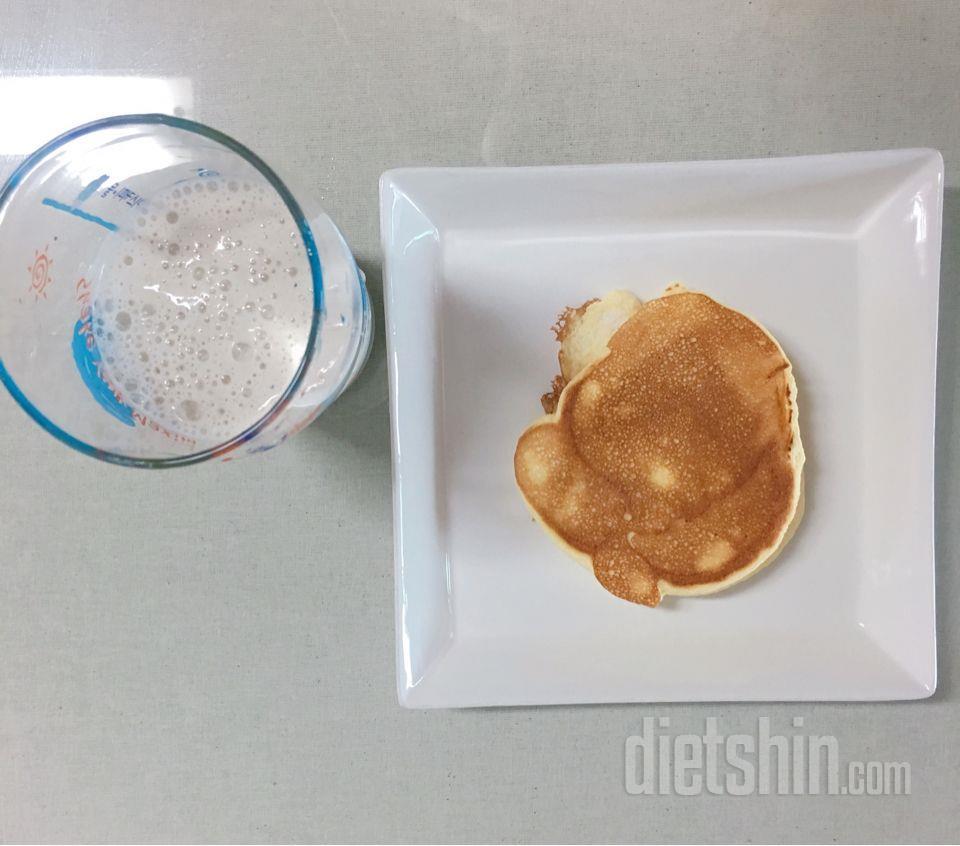오믈렛 팬케이크