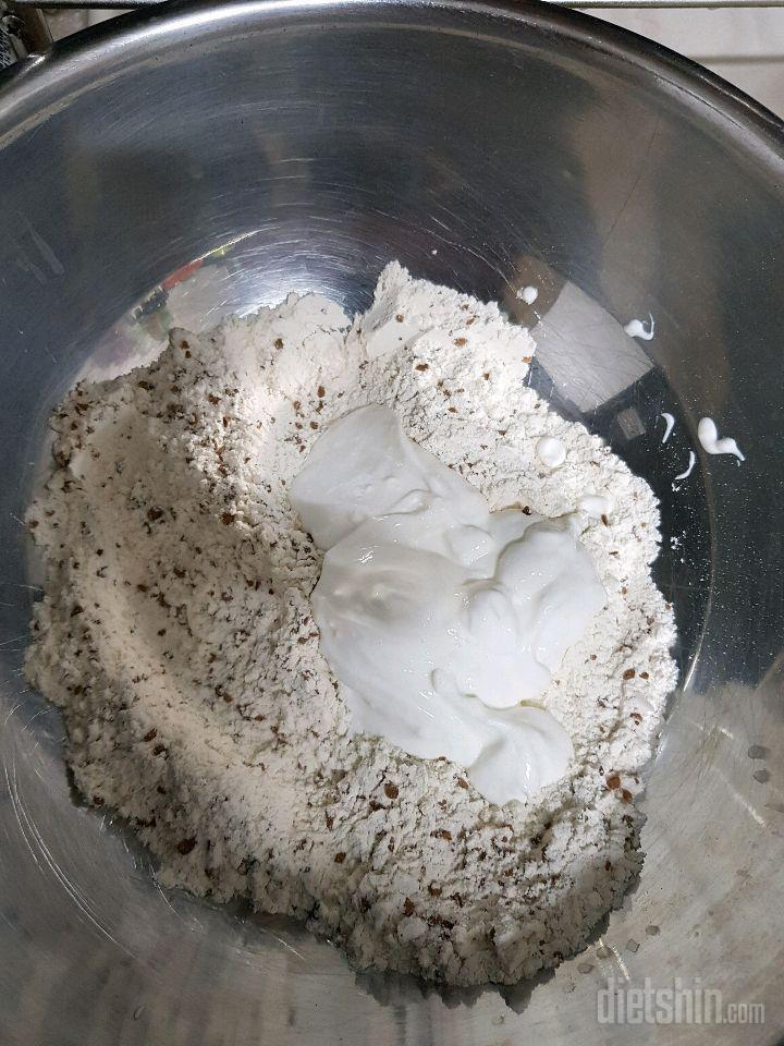 밥통통밀모카카스테라