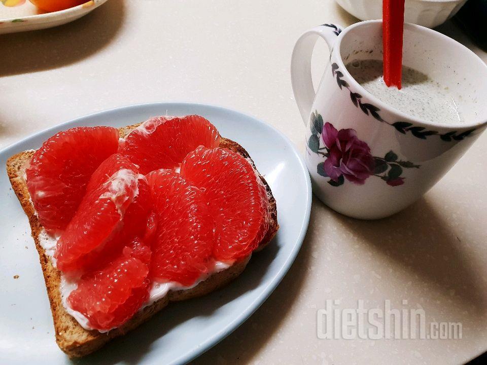 아침 자몽토스트