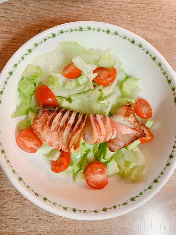 오징어 샐러드