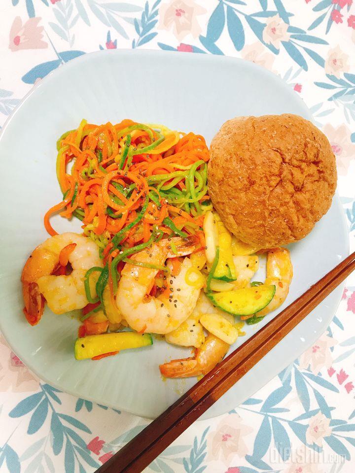 점심 간단한 새우야채파스타