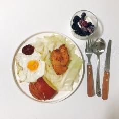 아침- 심쿵닭 칠리페퍼+ 그릭요거트