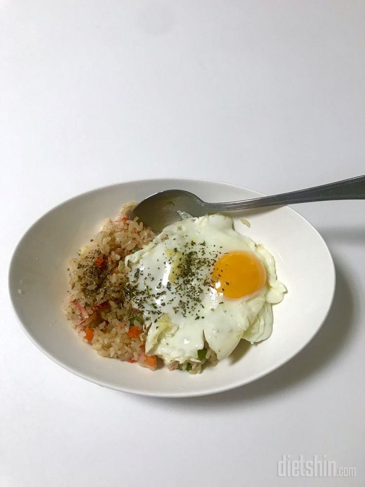 오늘은 현미밥 (닭갈비. 게맛살. 미역국)