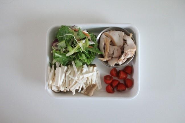 [더라이트]검은깨드레싱의 닭가슴살샐러드