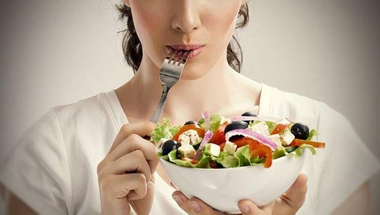 당신이 음식을 천천히 오래 씹어먹어야 하는 이유!