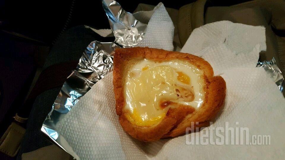 계란빵 ㅡ식빵으로 20분이면 땡(170도 은근히)