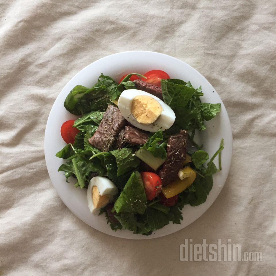 간단한 샐러드에요