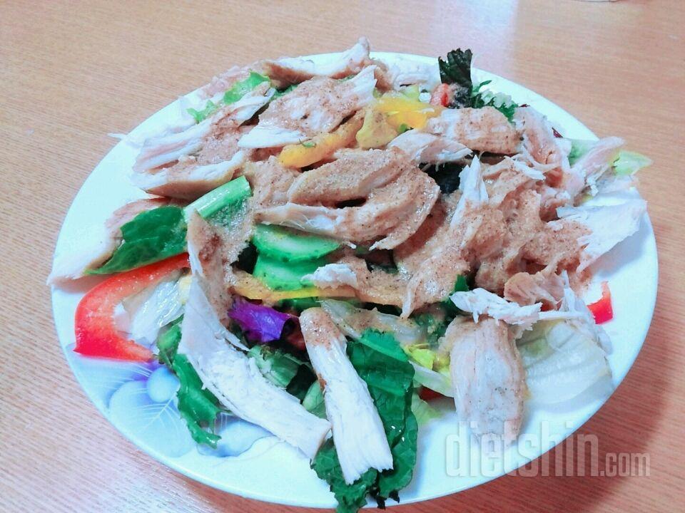 참깨 닭가슴살 소고기 샐러드