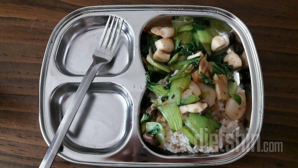 청경채 버섯 덮밥