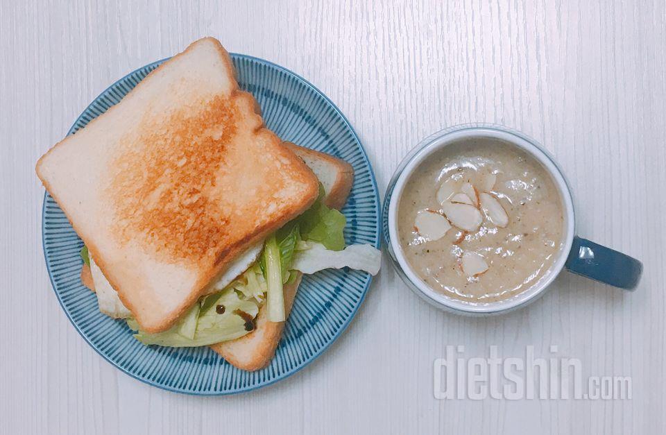 계란 후라이 샌드위치