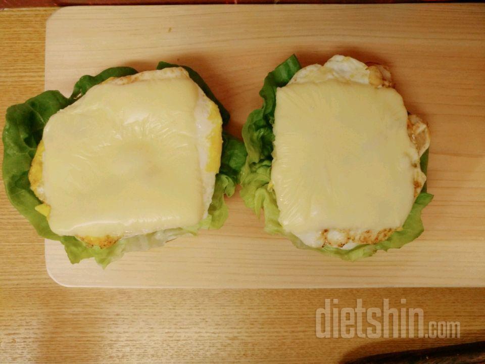 [공모전5] 닭가슴살 치즈버거