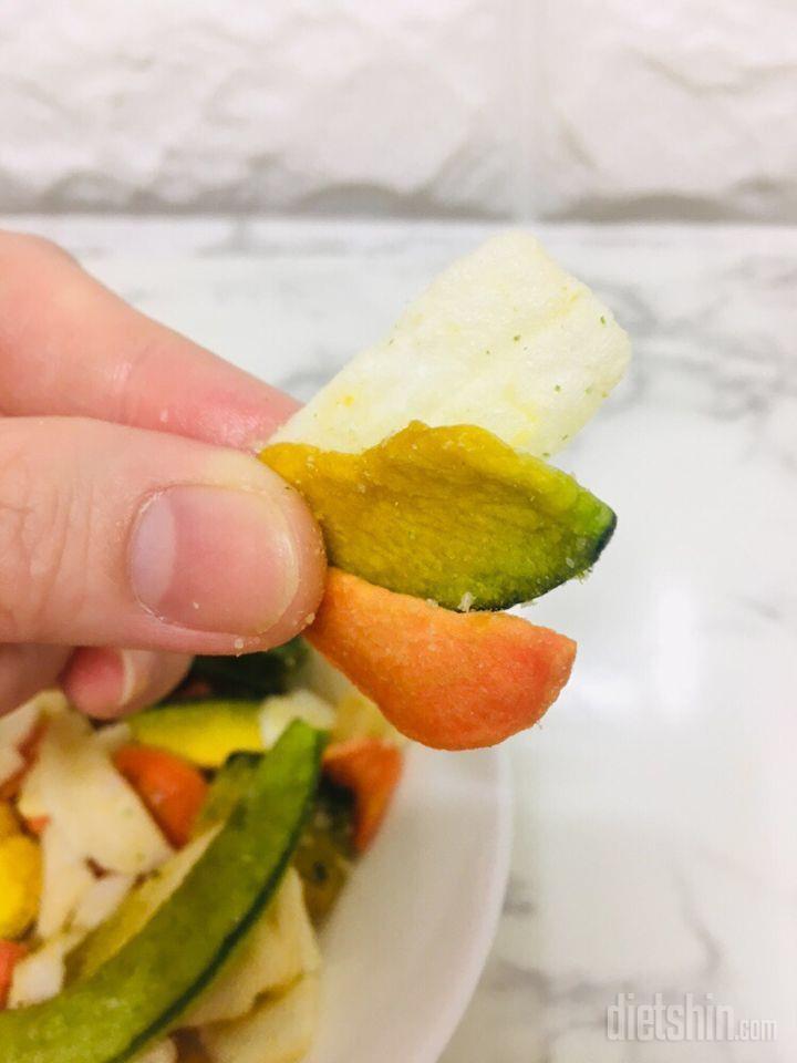 일곱번째 (▰˘◡˘▰)최종리뷰!담채8미혼합 야채칩은 사랑입니당❤️
