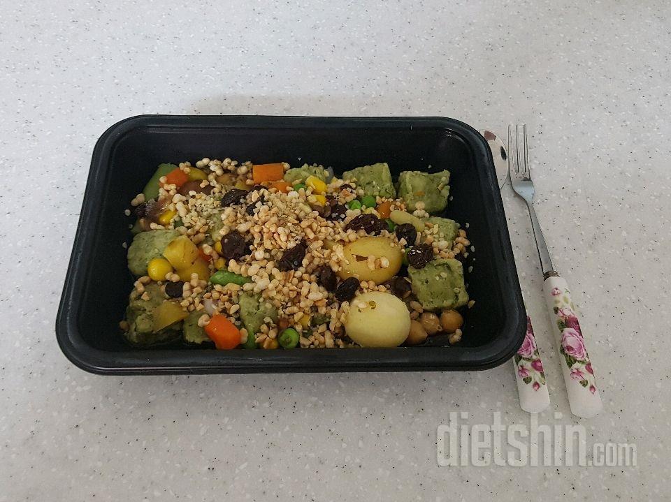 요리하닭 닭가슴살 큐브 샐러드