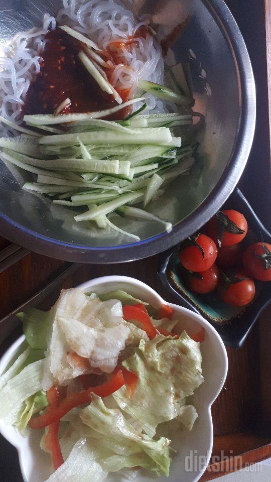 오늘 저녁 곤약비빔국수&샐러드방울토마토