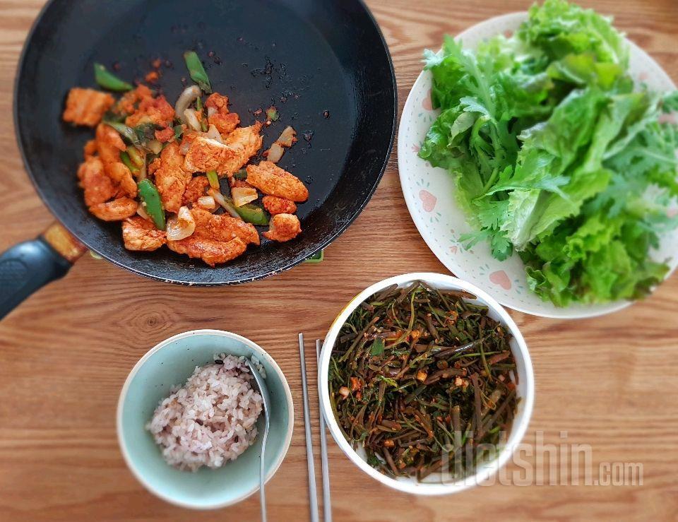 닭 안심 고추장 구이랑 돌미나리!!!