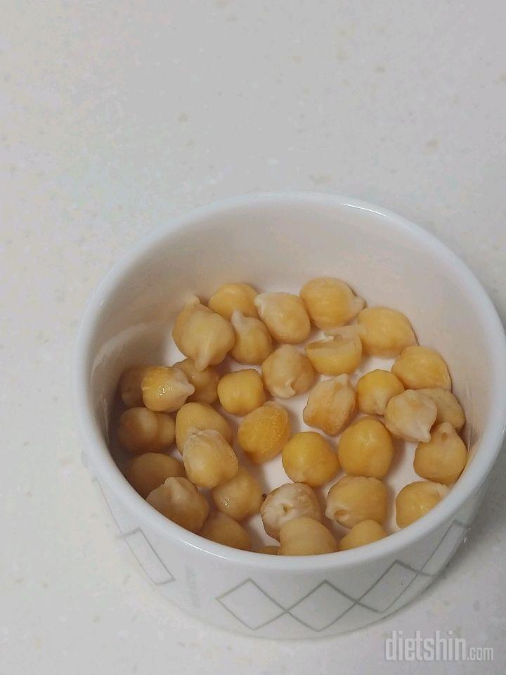 군것질 하고 싶을땐 병아리콩팝