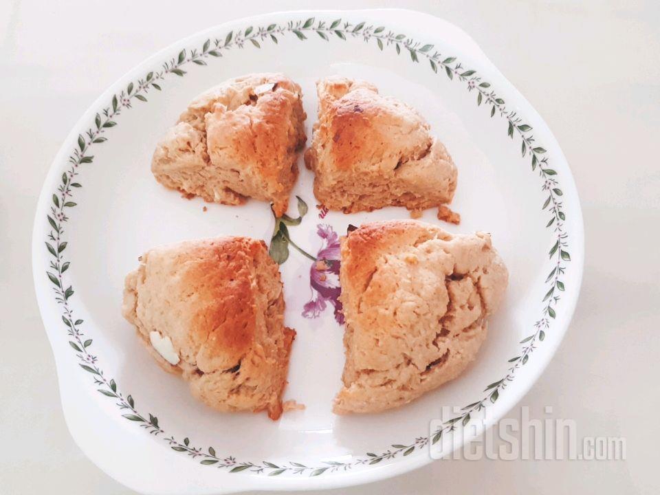 빵덕후의 스콘~(+저칼로리 밀크잼도)