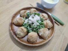 두부유부초밥입니다^^