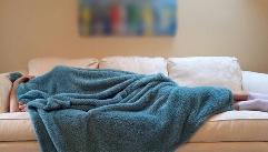 잠 적게 자면, 쉽게 뚱뚱해진다?!