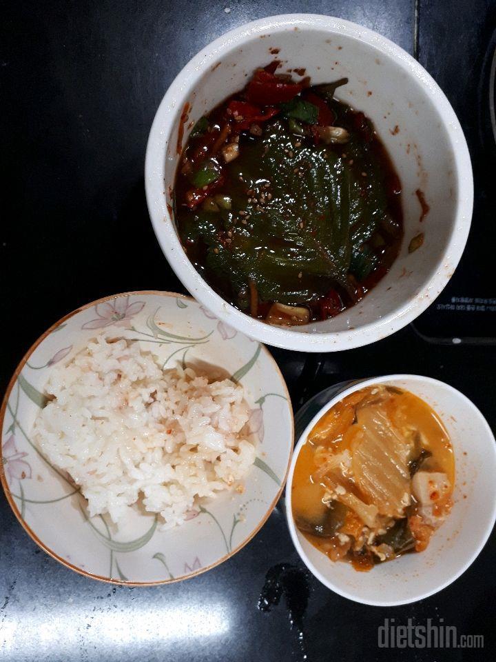 09월 16일( 저녁식사 )쌀밥 백종원 김치찌개 깻잎장아찌