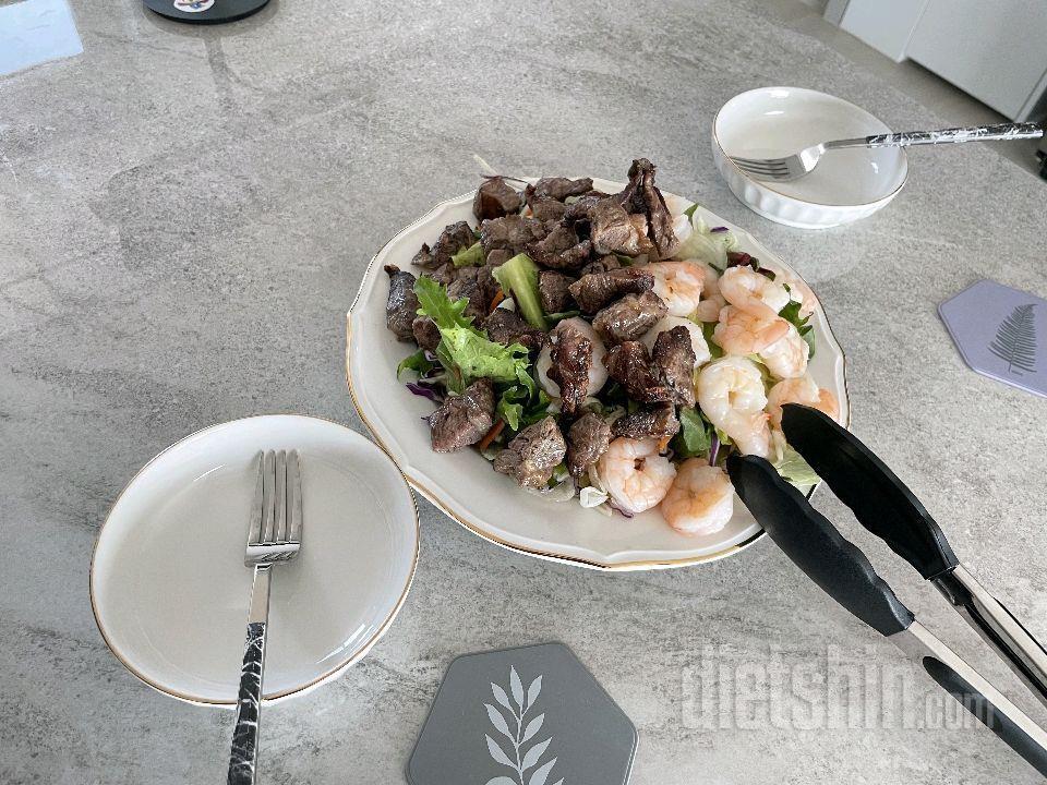 [식단] 소갈비살/새우 샐러드