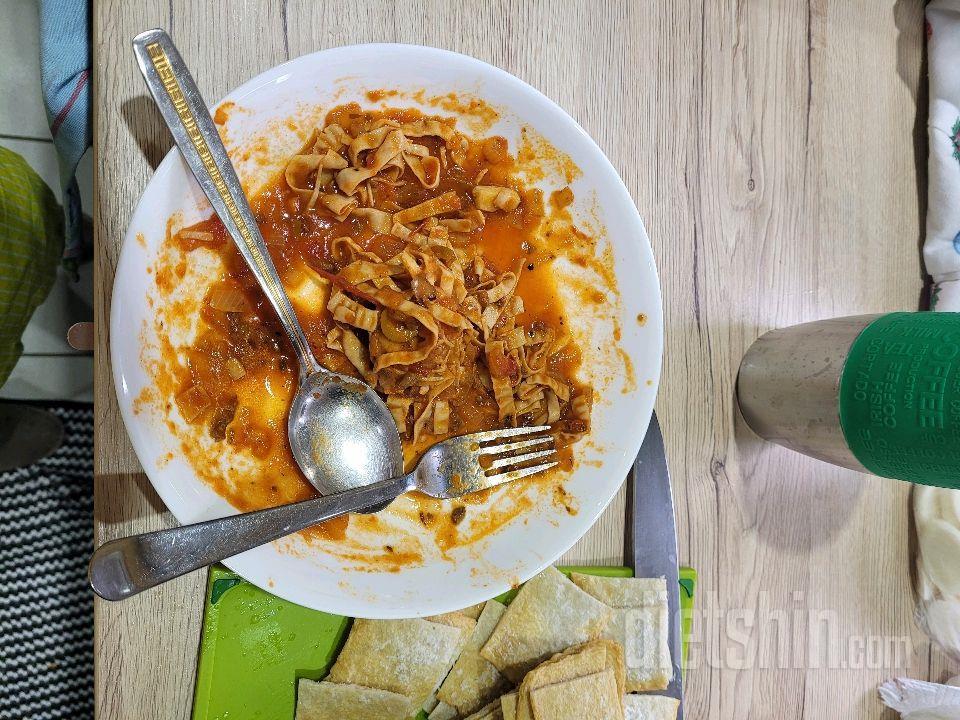 서서 먹는 두부면 스파게티
