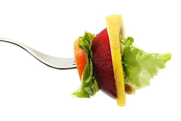 필수 vs 비필수 영양소, 무엇을 먹을까?
