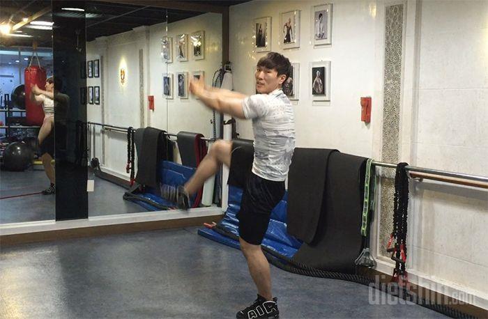 운동 초보자를 위한 뱃살빼기 운동 BEST 3