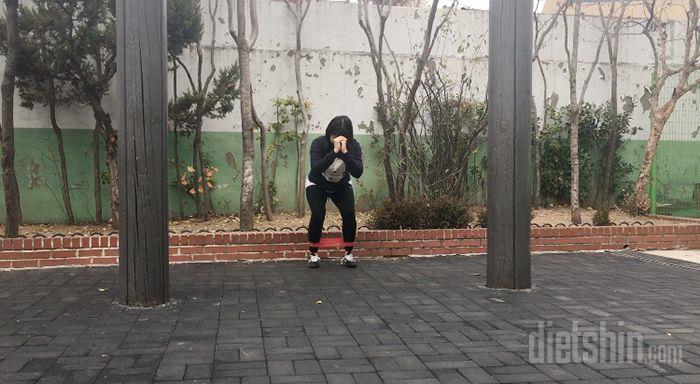 X자형 다리 교정을 위한 엉덩이 운동