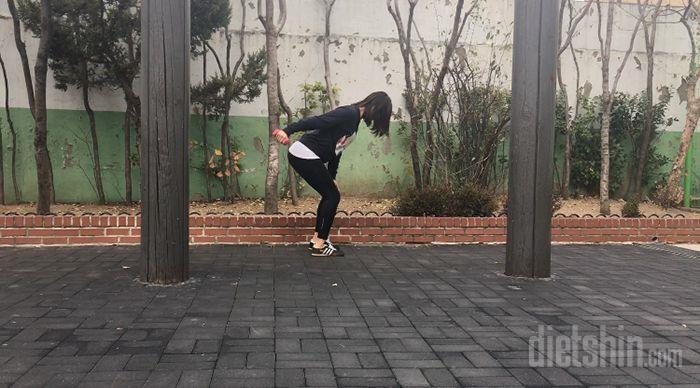 출렁이는 `팔뚝살` 빼주는 홈트레이닝 운동