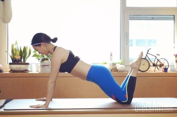 탄력있는 팔과 힙 만들기 운동