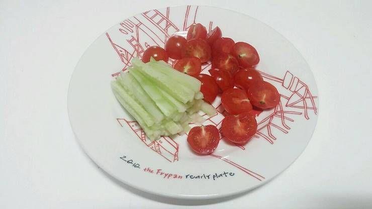 많이 먹어도 죄책감 들지 않는 `도토리묵 콩국수`