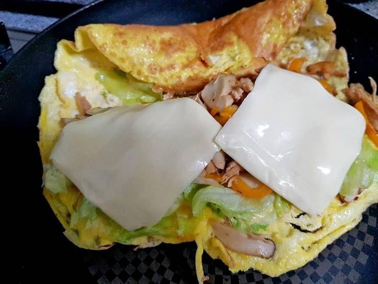 단백질 듬뿍! 닭가슴살 오믈렛 요리!