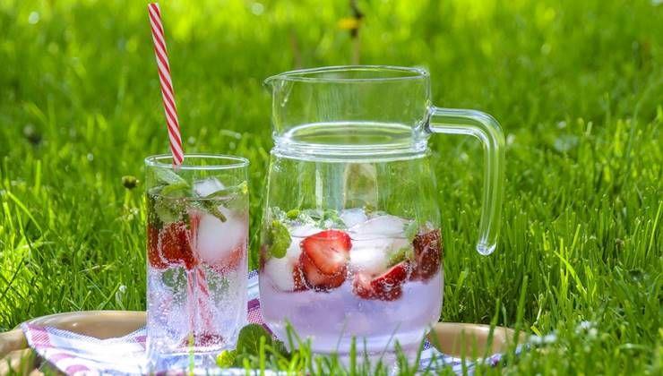 더운 여름, 건강 위해 찬 음료부터 끊어라?!