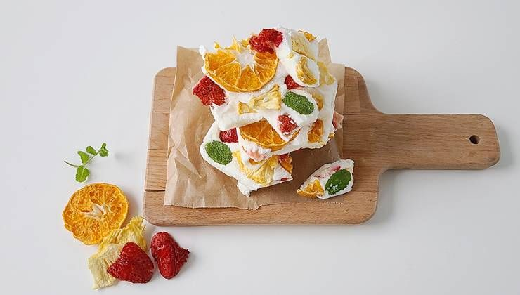 요거트와 과일칩의 꿀조합 '요거트 후르츠바'!