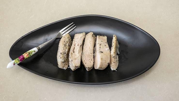 다이어트 하면, 잡곡밥, 호밀빵, 닭가슴살 왜 먹어야 할까?