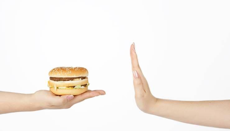 바꾸고 싶은 식습관이 있다면, 낯설게 만들어라?
