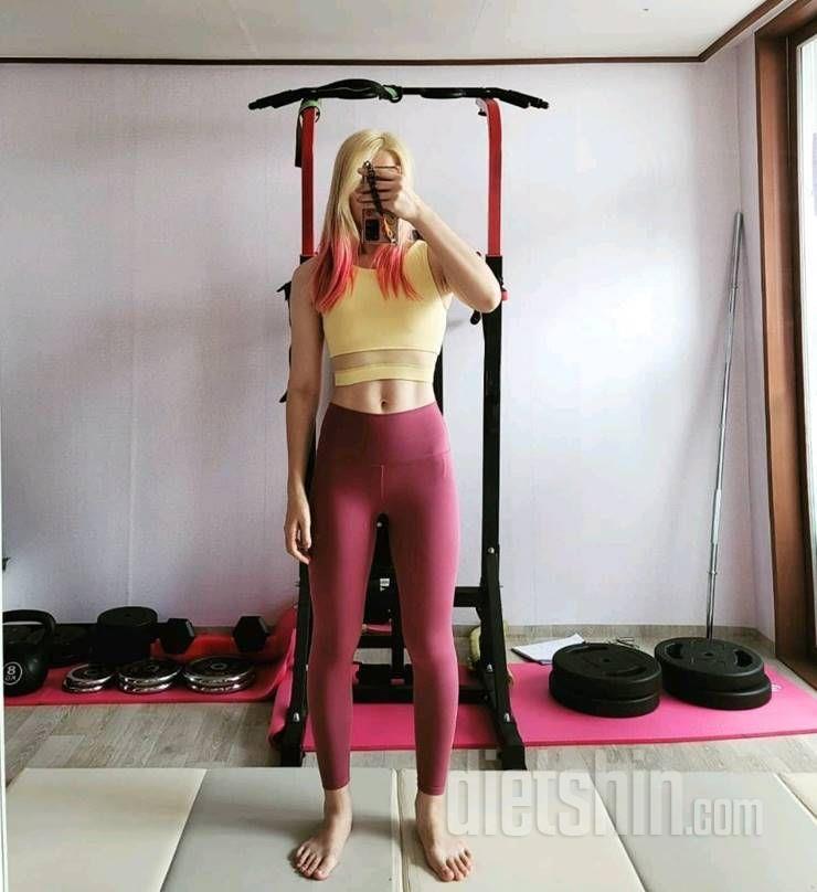 68 kg ➜ 54 kg, 인생 첫 바프찍은 그녀의 몸매 변천사!